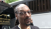 Snoop Dogg To Steelers, Quit Playin' And Pay Le'Veon Bell!!