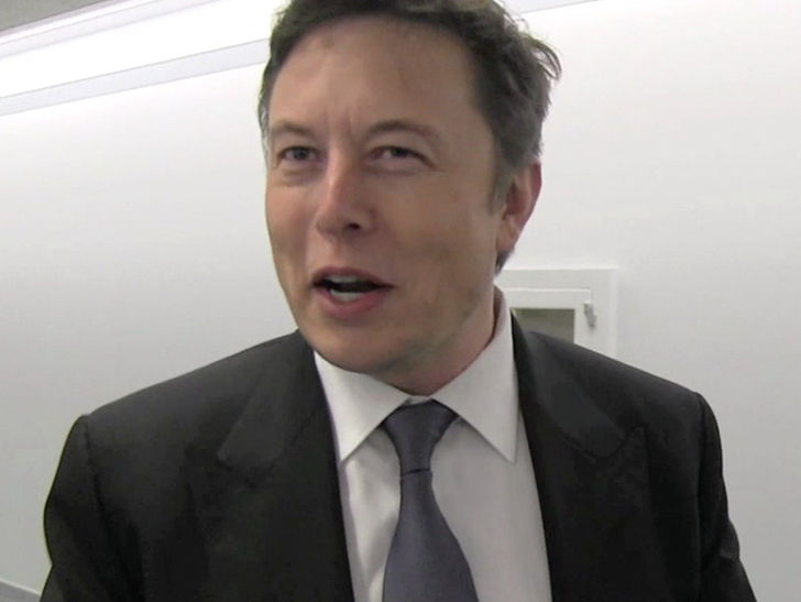 """Elon Musk crossed the line when he called a British diver involved in the Thailand cave rescue a """"pedo."""""""