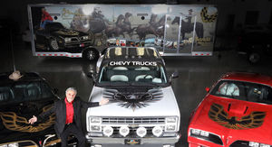 Burt Reynolds' Car Collection Could Fetch $1M at Vegas Auction