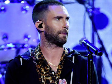 Twitter RIPS the NFL for Reportedly Selecting Maroon 5 for Super Bowl Halftime Performers