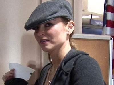 'Sopranos' Star Drea de Matteo's Mom Van Stolen in Front of Her Home