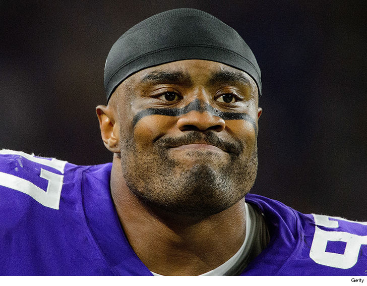 Nfl S Everson Griffen Escaped From Ambulance Before Mental Health