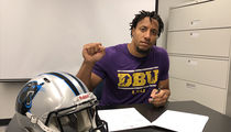 NFL's Eric Reid Signed By Panthers Despite Kneeling Controversy