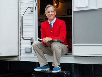 Tom Hanks in Full Costume as Mr. Rogers for First Time
