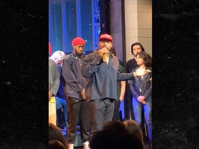 Kanye West Goes On Pro-Trump Rant On 'SNL'