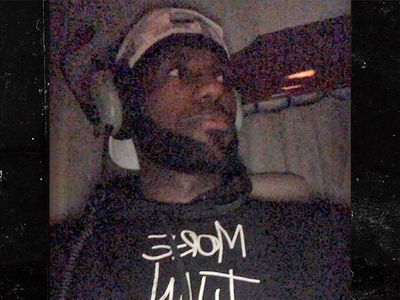 LeBron James Flies Home From First Lakers Game In Helicopter