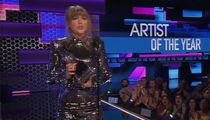 Taylor Swift Gets Political at 2018 American Music Awards, Calls For Midterm Voting