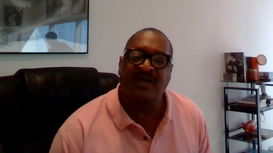 876c18cce314 Mathew Knowles Surprises Beyonce and Tina After On the Run II Tour Concert