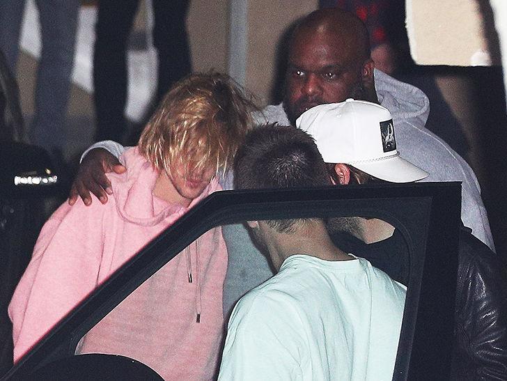 Justin Bieber Looking Distraught at Church Following Selena Gomez Mental Health News