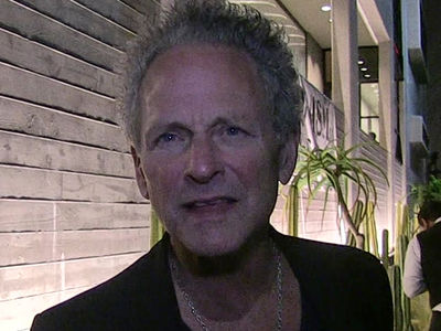 Fleetwood Mac's Lindsey Buckingham Sues Band for Cutting Him from Tour