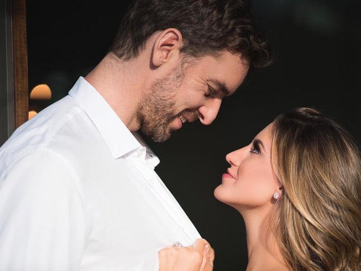 Pau Gasol Proposes to Girlfriend, Ex-Cheerleader Says, 'Si!'