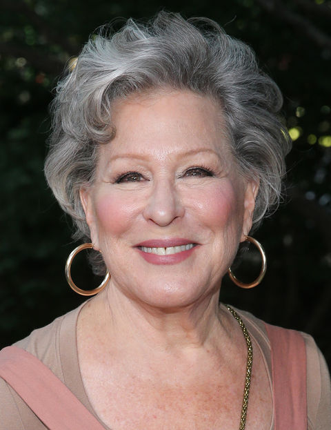 Bette Midler is now 72 years old