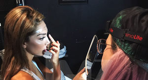 Farrah Abraham Gets Eyebrows Tattooed