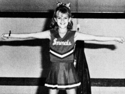 Guess Who This Cheerleading Chick Turned Into!
