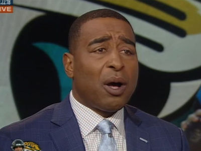 Cris Carter Says Jaguars Need to Hire Kaepernick, 'Swallow Your Pride'