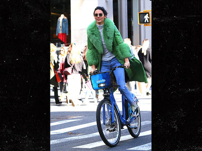 Kendall Jenner Rides Around NYC on Bike for 23rd Birthday