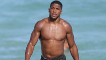 Anthony Joshua Shows Off Insane Physique In Miami, I Ain't Sweating Wilder!