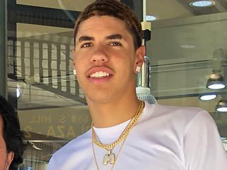 LaMelo Ball returns to high school, LiAngelo enters G