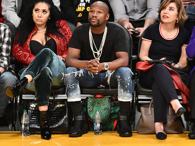 Floyd Mayweather Catches Lakers Game After Backing Out of Japan Fight