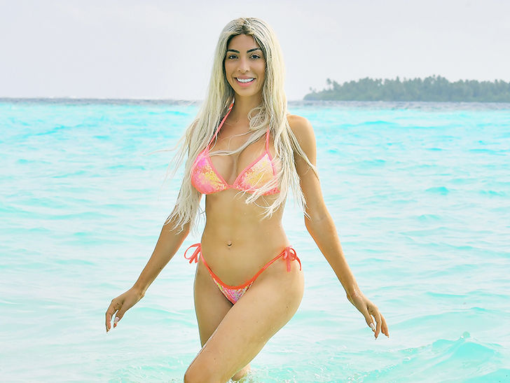 Farrah Abraham Hits Beach In The Maldives Day Of Canceled
