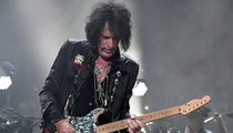 Joe Perry Awake in Hospital After Medical Emergency at MSG Concert with Billy Joel