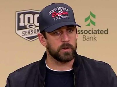 Aaron Rodgers Honors Victims Of California Wildfires With Hat, 'It's Heartbreaking'