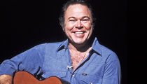 Roy Clark, Country Music Legend and 'Hee Haw' Host, Dead at 85