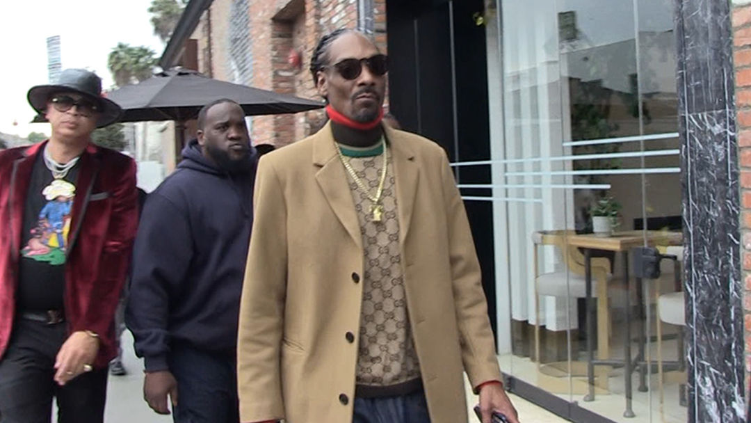 832b715f65 Snoop Dogg Gets Star On Hollywood Walk of Fame