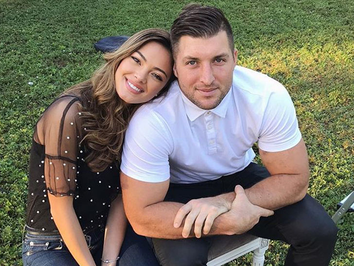 tim tebow engagement
