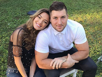 Tim Tebow Takes Miss Universe GF To Family Thanksgiving, Things Getting Serious!