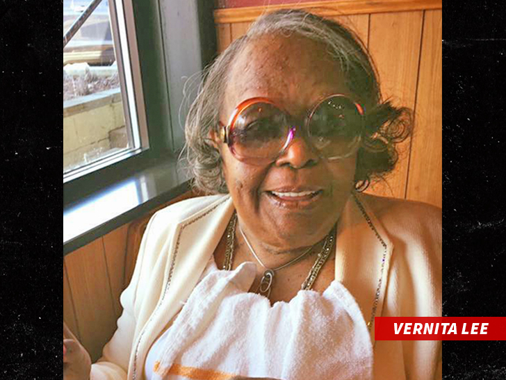 Oprah Winfrey's mother Vernita Lee dies aged 83 on Thanksgiving Day
