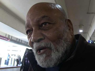 Jim Brown Defends Hue Jackson, He Made Good Move Going To Bengals