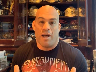 Tito Ortiz Says Chuck Liddell Should Never Fight Again