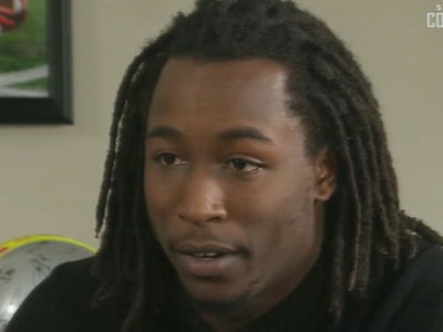 Kareem Hunt Wants Forgiveness, Says NFL Never Spoke to Him
