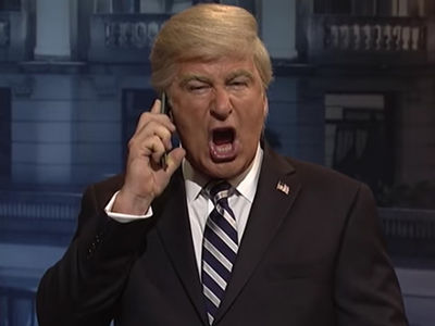 Alec Baldwin Jokes About Parking Assault Case on 'SNL'