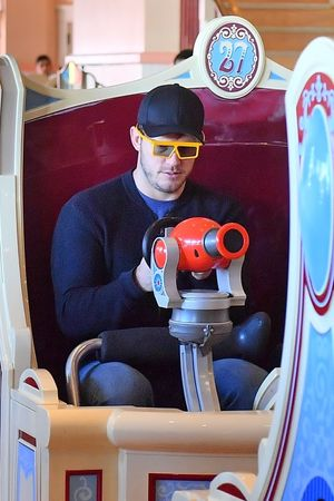 Chris Pratt's Family Day at Disneyland