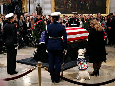 George H.W. Bush's Service Dog Sully Remains By President's Side After Plans Change