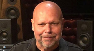 Former MTV Host Matt Pinfield Lucky to be Alive After Getting Hit by Car