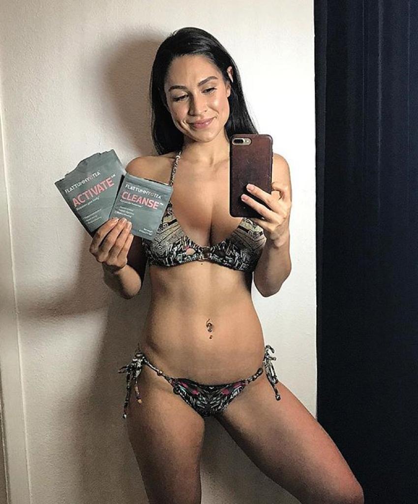 Nude women pussy