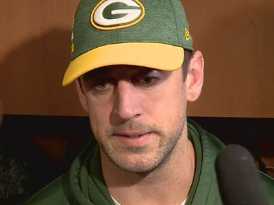Aaron Rodgers Making Peace with Parents After Nasty Public Feud