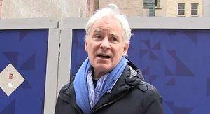 Kevin Kline Says Kevin Hart Was Good Choice for Oscars Host, 'Lighten Up' on Him