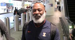 Lovie Smith Stoked For Chicago, 'The Bears Are Back!'