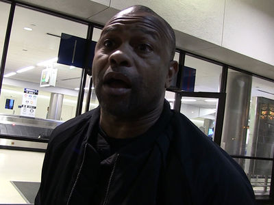 Roy Jones Jr. Says Floyd Mayweather's Gonna Beat Tenshin's Ass
