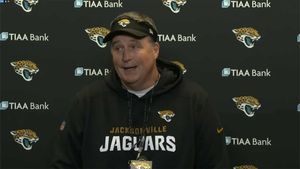 Jaguars Head Coach Defends Leonard Fournette, 'I Trust The Player'