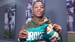 Kenyan Drake Admits He Screwed Up in 'Miami Miracle,' I Need That Ball Back!