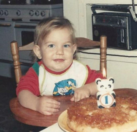 Before this munchin' munchkin had several songs on the radio, the Los Angeles native's talents included rocking a bib and digging into some cake!
