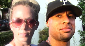 Kendra Wilkinson's Divorce from Hank Baskett Finalized
