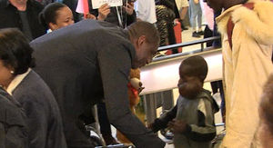 Dikembe Mutombo Flies 8-Year-Old Boy w/ Large Tumor to U.S. for Surgery