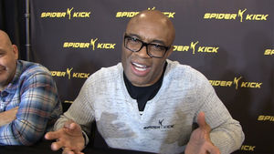 Anderson Silva Wants To Fight Conor McGregor, Thinks Conor Is Scared