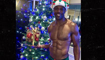 Terrell Owens Flaunts Shredded Bod In Tiny Shorts For Christmas